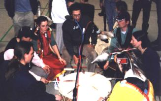 """Red Moon"" beim 11. Winter-Powwow 2000 in Velten"